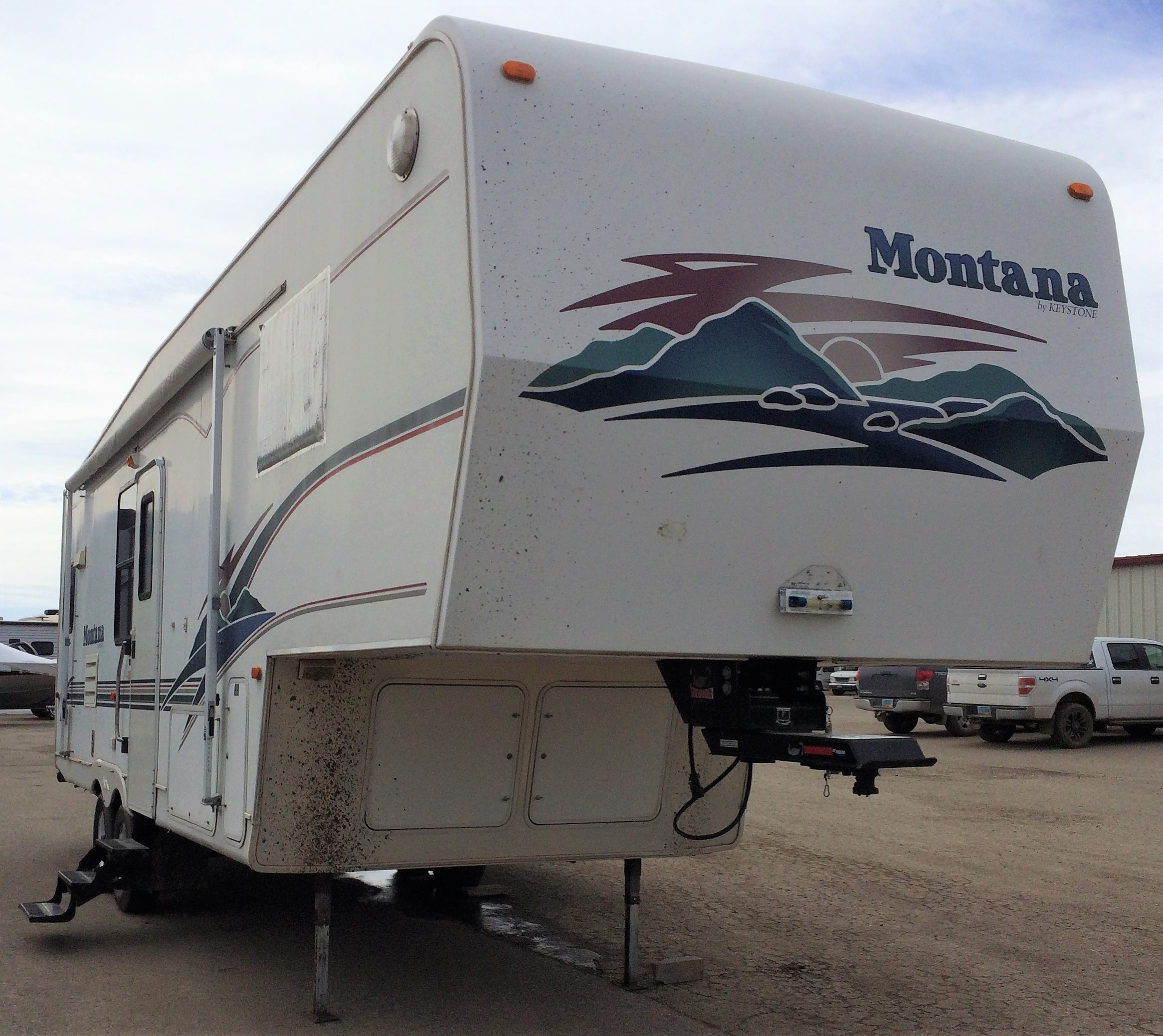 0099fw3121 1999 Keystone Montana 2850rk Price Was 9 900